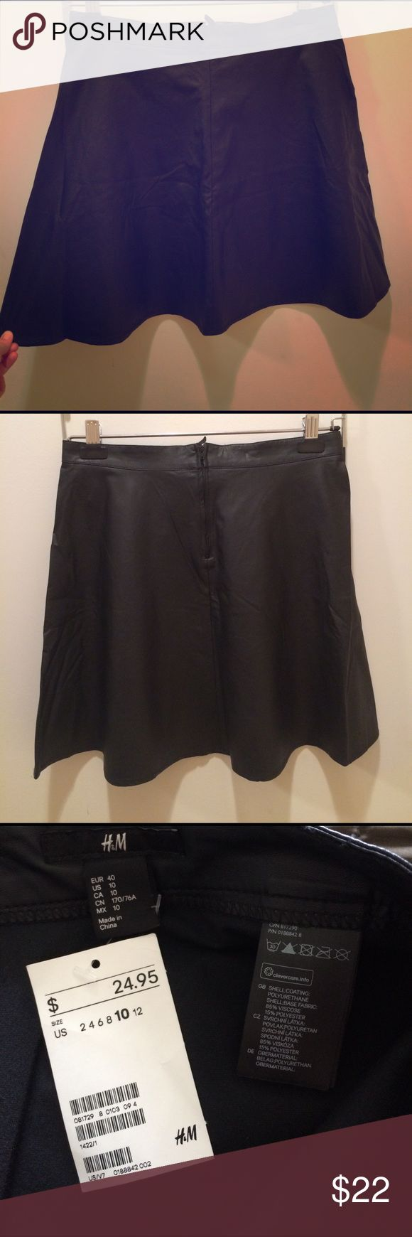 NEW H&M black skater skirt faux leather 10 Super cute skater skirt size 10 H&M Skirts Circle & Skater
