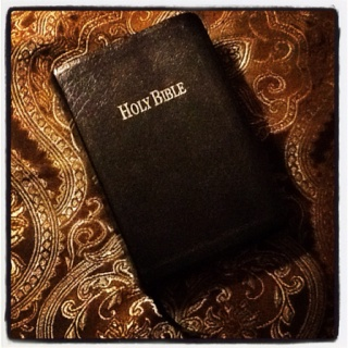 """the holy bible a life changing book Introduction """"life change"""" will lead you into a challenging examination of sin and righteousness you will struggle with sin throughout your life your identity in christ beckons you to a life of holiness, but your heritage as a sinner living independently of god continues to influence your attitudes and actions."""