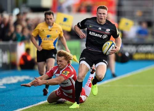 Totalposter.com -  Chris Ashton of Saracens gets past Billy Twelvetrees of Gloucester during the Aviva Premiership match between Saracens and Gloucester Rugby at Allianz Park