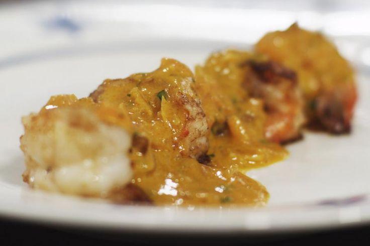 Dit gerecht is echte culinaire fastfood. Het kost weinig moeite en tijd om de scampi op tafel te toveren.