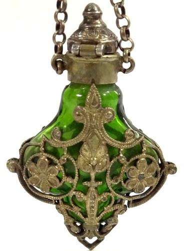 Ancien flacon de parfum victorien