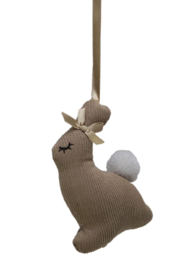 Doorhanger/ kasthanger rabbit @fabsworld  #doorhanger #kasthanger #fabs world #corduroy #decorationideas #babyroom #inspiration #kidsroom #fabsstore  shop: fabsstore.com (shop worldwide)