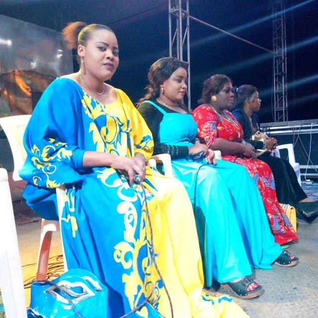 Na pambe za taarab . Kwa mujibu wa takwimu sahihi ambazo zimefanywa na  mtandao huu bora wa taarab kwa sasa nchini Tanzania,… | Sasa, East africa,  Academic dress