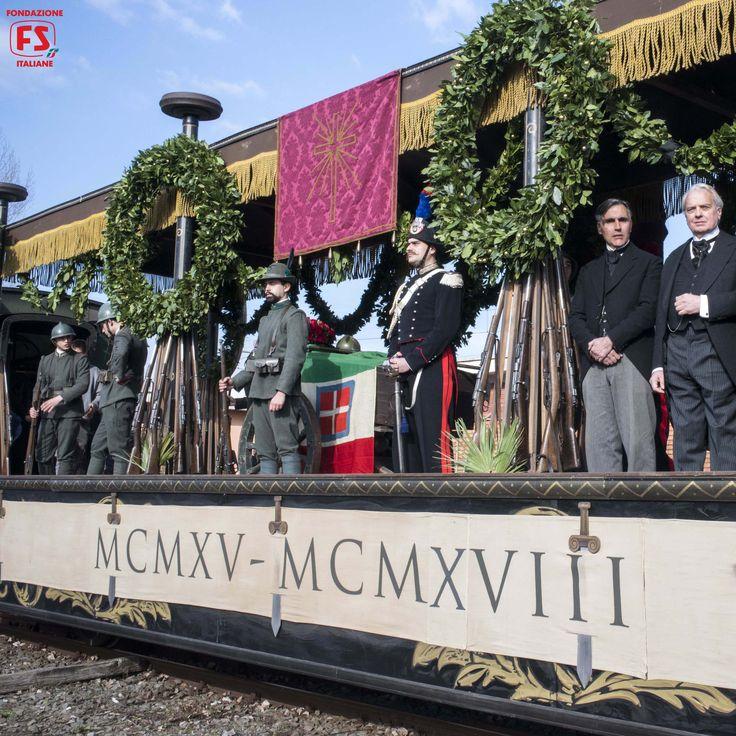 """Dal film """"Un viaggio di cento anni"""" di Pupi Avati, il trasferimento della salma del Milite Ignoto da Aquileia (UD) a Roma"""