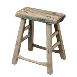Oud houten krukje   Recht