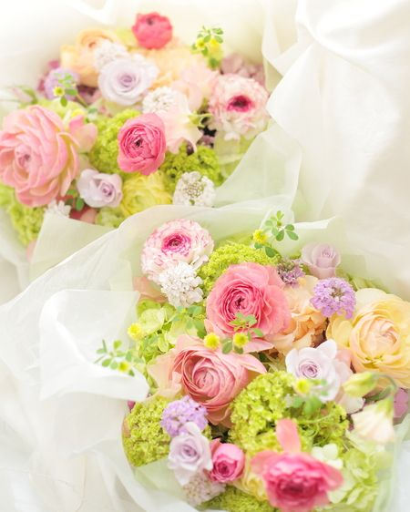 ご両親への花束と、新郎新婦様 東郷記念館様にて 「本日、結婚式」という一日に : 一会 ウエディングの花