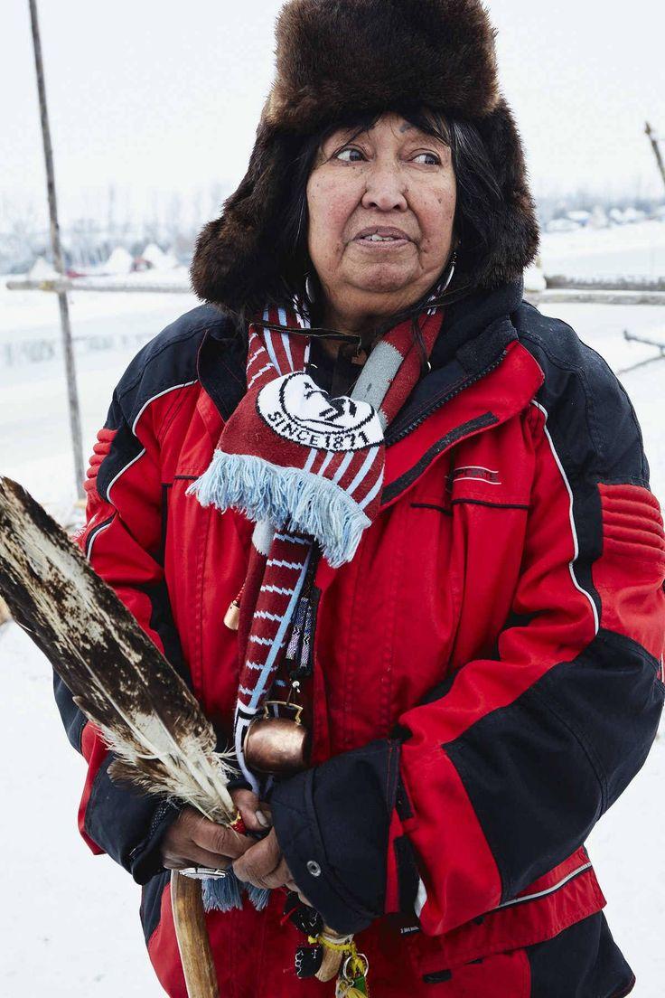 | Incansáveis mulheres de Standing Rock | Beatrice Menasekwe Jackson, da tribo Tsimshian em Ketchikan, Alasca, agora morando em Michigan.