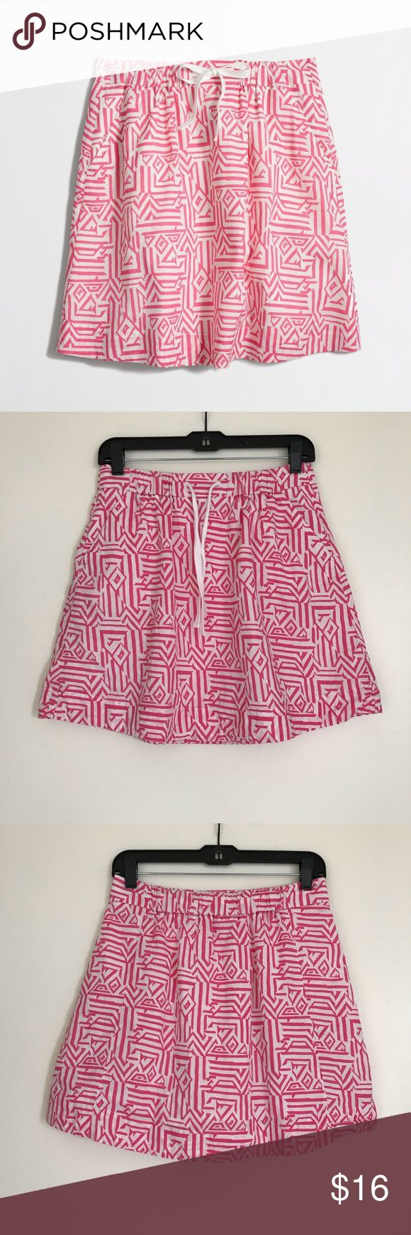 J. crew drawstring skirt in jacquard print - Sz 2 Love this skirt - screams spring/summer!! Reposhing - absolutely nothing wrong with it!! In excellent condition. No fading/stains/marks/pulls/pills/odor. J. Crew Skirts
