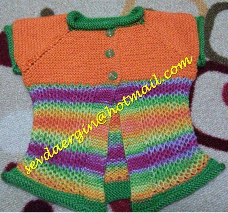 renkli bebek yeleği