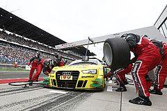 Technik-Feature - Der Reifenwechsel - Zusammenspiel von Mensch & Technik - DTM - Motorsport-Magazin.com - Dino Paoli