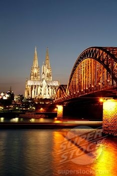 Hohenzollern Bridge over the River Rhine and Cathedral, UNESCO World Heritage Site, Cologne, North Rhine Westphalia, Germany, Europe