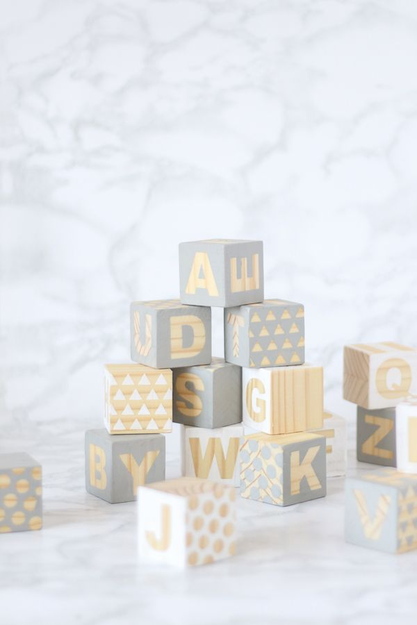 Baby Blocks DIY - Grey and white baby shower - Perfect to keep your guests entertained
