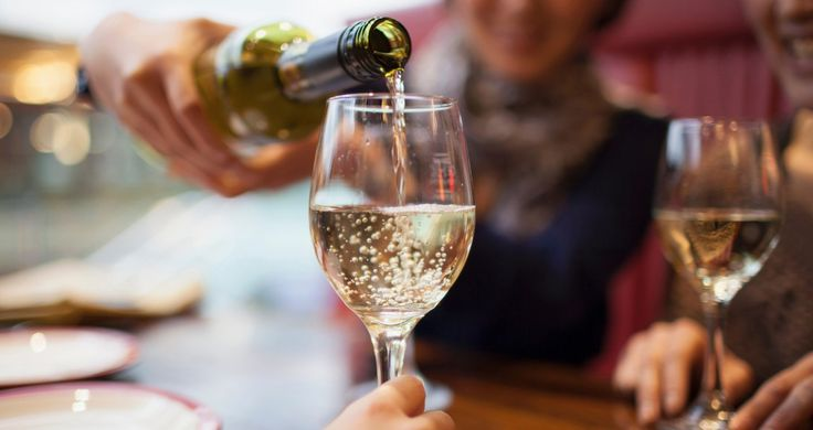 What the world needs is more good white wine for $15 a bottle. Photo: Getty That was my manifesto a decade ago. Now wine shop shelves positively groan withoceans of delectablewhite vino for less than $20. Bright and crisp, mineral driven or bursting with tropical fruit.There's onefor every taste and almost every [...]
