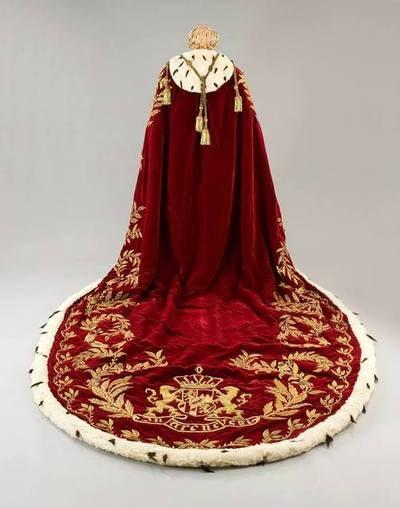 Mantello indossato da Napoleone all'incoronazione ad imperatore dei francesi