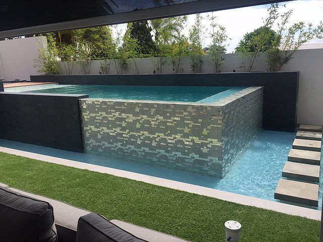 Individually Designed Concrete Swimming Pools Infinity Designer Pools Wet Edege Or Above Ground Infinity Edge Custom Built By An Award Win Concrete Pool Building A Pool Infinity Edge Pool