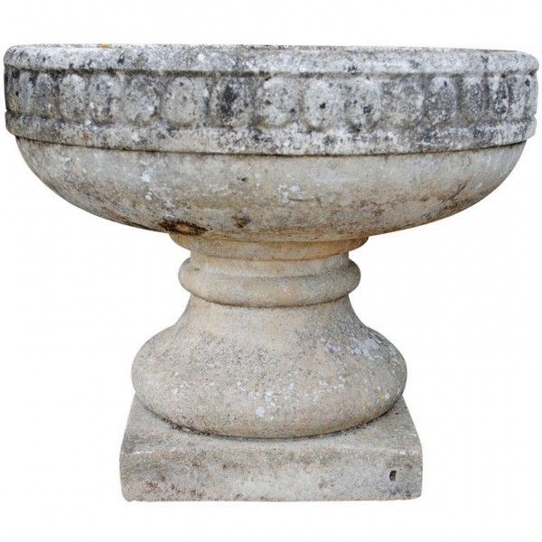 Concrete Garden Planter on Pedestal - concrete planter with upper bowl resting on a pedestal