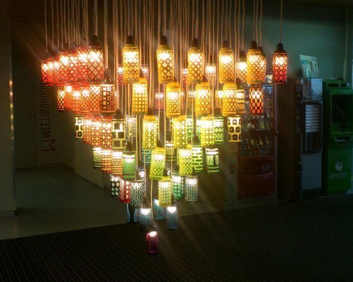 светильник из алюминиевых банок