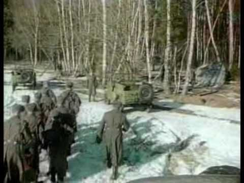 KGB Footage of UFO Crash in Russia A UFO is guarded and ...
