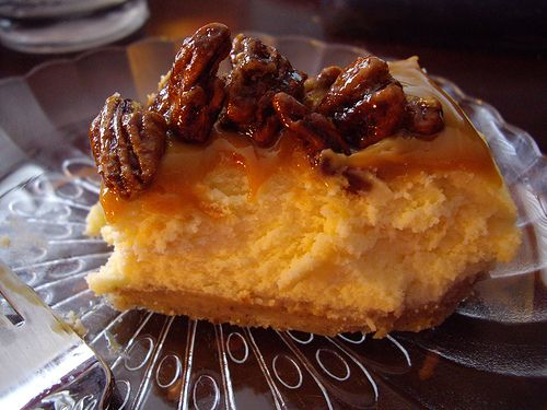 Mascarpone Cheesecake with Candied Pecans and Dulce de Leche