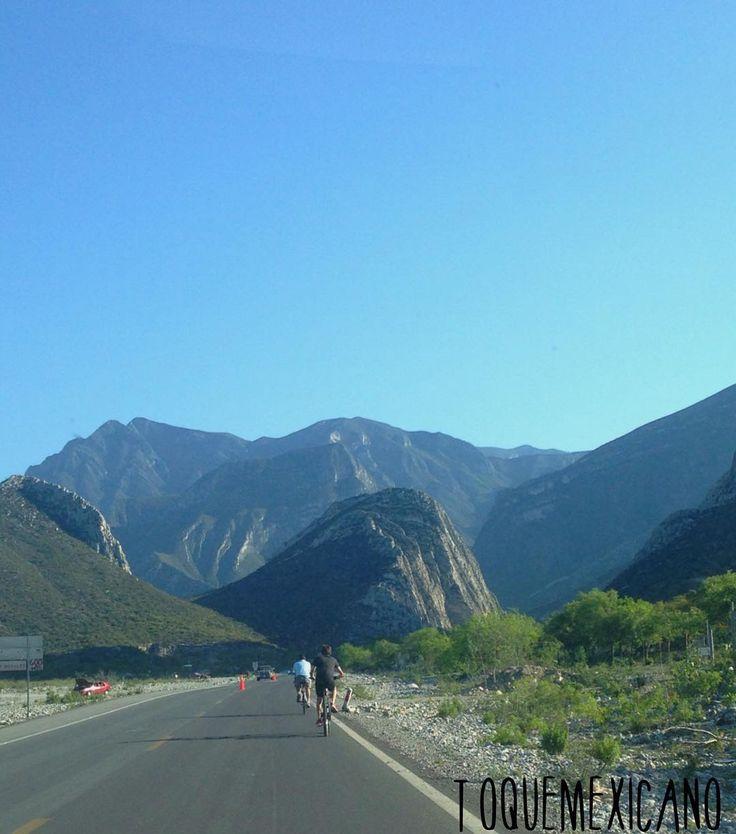 On instagram by toquemexicano #landscape #contratahotel (o) http://ift.tt/1U9KRsC en bicicleta por la huasteca  #ciclismo #lahuasteca #huasteca #nuevoleon #monterrey #santacatarina #montañas #cerros #bicis #caballos #paisajes #toquemexicano #nortedemexico #norteños #domingosnorteños