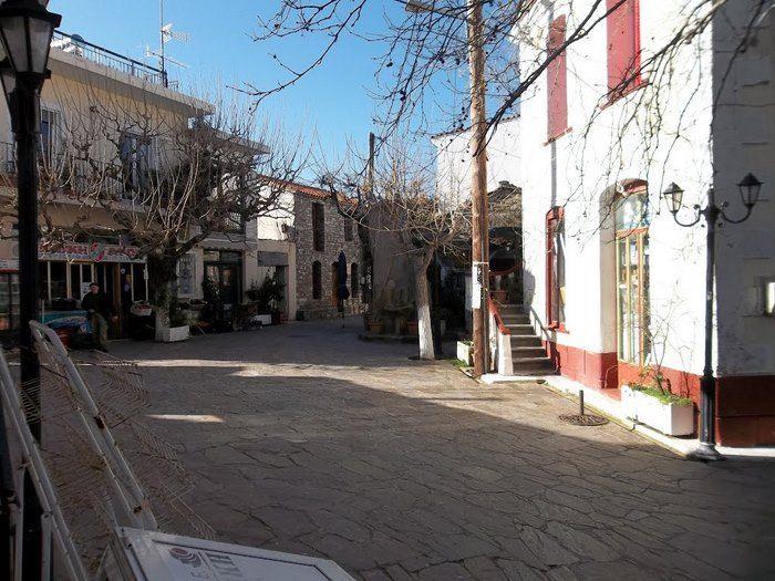 ΡΑΧΕΣ ΙΚΑΡΙΑΣ Η Τζαμάικα της Ελλάδας! Το ελληνικό χωριό όπου όλα τα μαγαζιά ανοίγουν στις 11 το βράδυ και κλείνουν το πρωί!