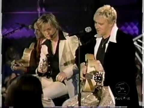 Def Leppard VH1 Storytellers complete show. This is a great video. They also do a little acapella!