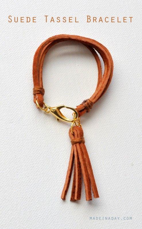 Bracelet avec pompon de suède - DIY