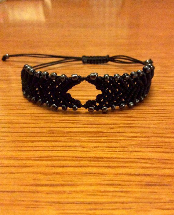 Arrow shape macrame bracelet with beads