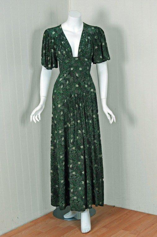 1970 S Ossie Clark Green Silk Celia Birtwell Print Plunge Dress In 2020 Vintage Dress Design Plunge Dress Fashion