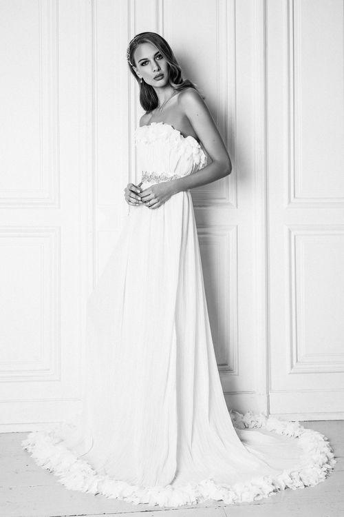 The Aphrodite Dress from The Nina Rose Bridal 2016 Campaign. Nina Rose is a London based luxury silk wedding dress designer. Shot by Amelia Allen photography.