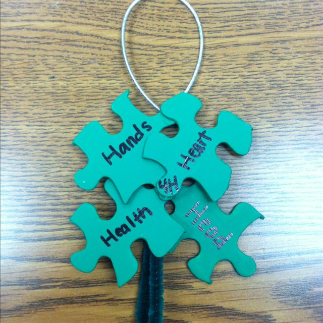 4H Clover ornament - easy & quick Christmas time craft