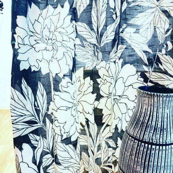 Scandinavian retro cutrains draperi fabric Peony design Aina Hedström Borås Sweden