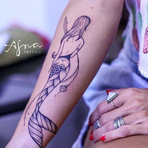 tatuagens de sereia - tatuagens para se inspirar - tatto de sereia - marmeid tatto - sereias - tatuagens pequenas - tatuagem