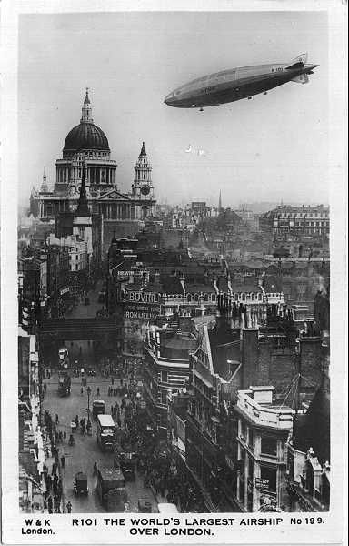 R101 airship over London