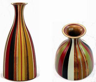 MOPA MOPA: Esta es una técnica elaborada únicamente en Colombia. El árbol de Mopa Mopa produce una resina que extraída, cocinada, estirada y teñida con tintes naturales, crea una hoja muy delgada para cubrir y decorar superficies de madera, creando piezas extraordinarias