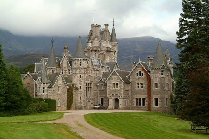 Ardverikie estate glenbogle house of monarch of the for Monarch house