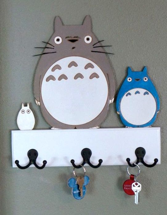 The Lineup - Totoro Family Key and Leash Holder on Etsy, € 30,16