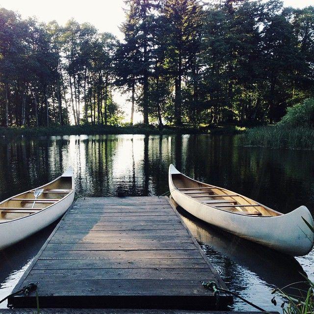 Get your custom kayak racks for your canoes here at www.LogKayakRack.com
