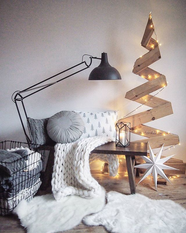 Unique modern christmas trees ideas on pinterest