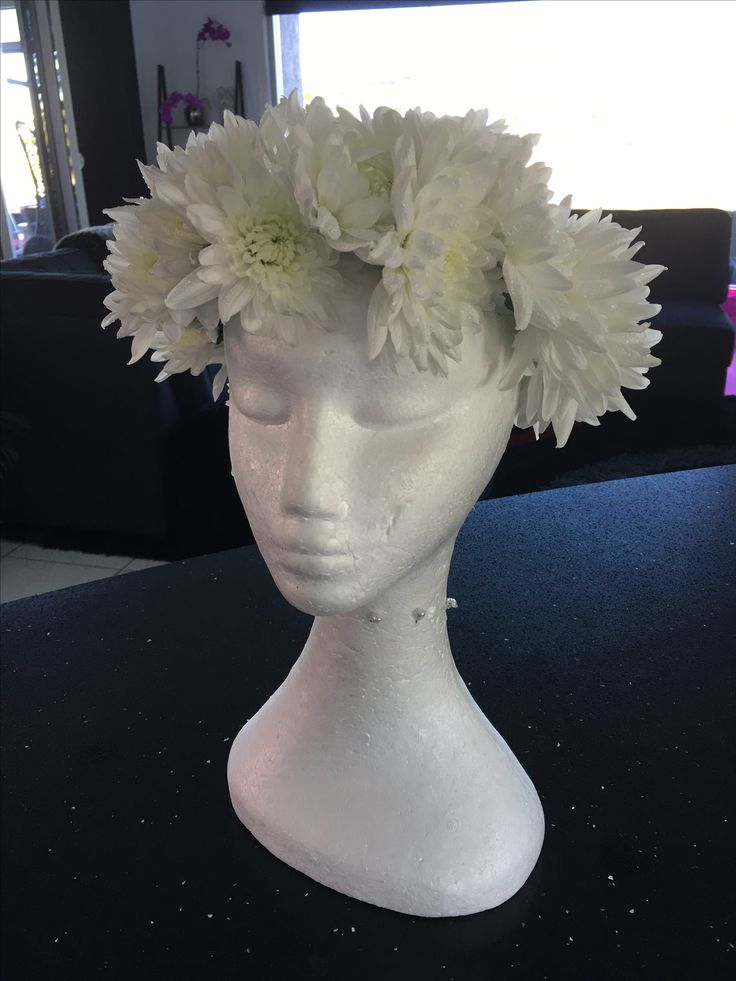 Flower crown https://m.facebook.com/flowersbylyndagoldcoast/