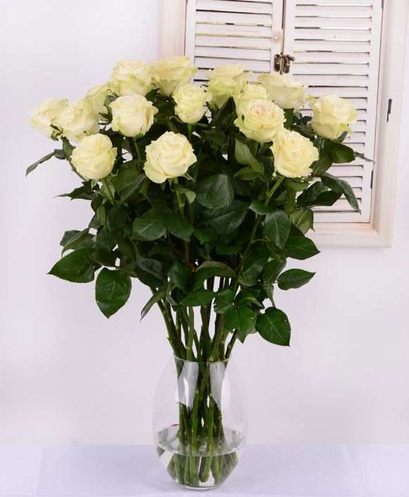 Beautiful white roses #whiteroses #flowersdelivery #beautifulflowers #kvetyexpres #Slovakia