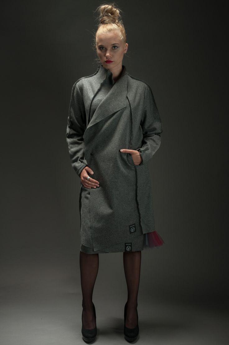 Woolen Cloth Coat | Hultaj Polski sample sale on milieubazaar.com