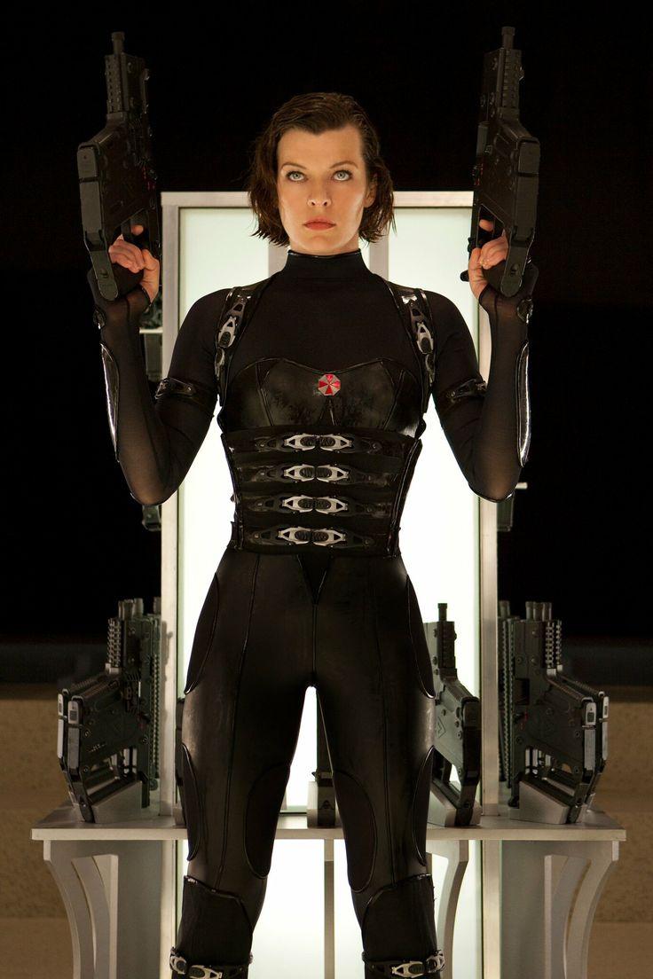 Resident Evil [ Biohazard V ]: Retribution / Alice Abernathy ( Milla Jovovich )
