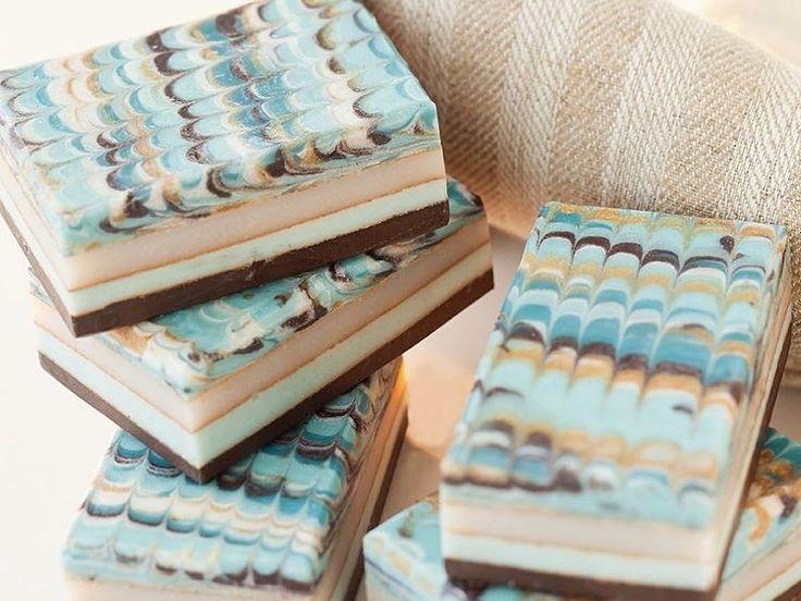 diy anleitung marmorierte seife selber machen via dawanda. Black Bedroom Furniture Sets. Home Design Ideas