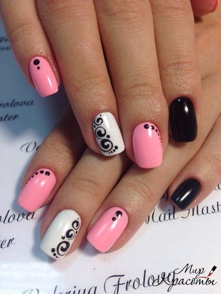 Light Creativity In The Design Of The Nail Is Created By A Mix Of Colors.  The Classic Contrast Of Black And White Design Combines A Longitudinal  Pattern In