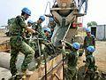 La Force de maintien de la paix de l'Organisation des Nations unies (couramment Casques bleus en référence à la couleur bleue de leur casque) est une force militaire ayant pour rôle le « maintien ou [le] rétablissement de la paix et de la sécurité internationale », sur ordre du Conseil de sécurité des Nations unies. Les Casques bleus peuvent être chargés : de surveiller l'application d'un cessez-le-feu ; de désarmer et de démobiliser les combattants...