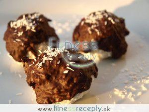 Zdravé fitness recepty - Tvarohové guličky s čokoládovou polevou