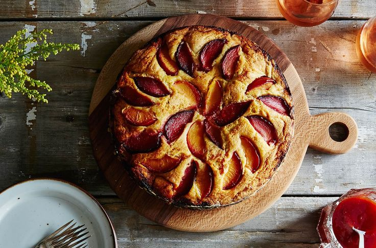 Tasty, soft, fragrant, but especially good good good !!!! Good snack at all !!! Cake with plums