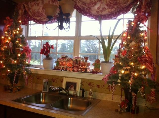 My Gingerbread kitchen 2012 | Christmas | Pinterest ...