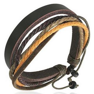 Leren armbanden voor de mannen.